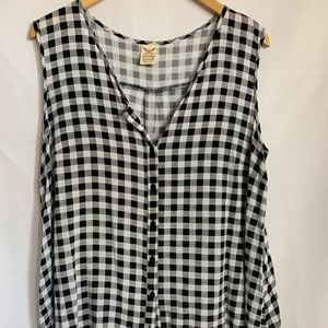 Faded Glory Checkered Sleeveless Top